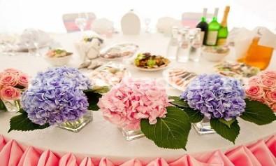 Свадебное украшение цветами
